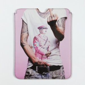 ''Heartbreaker'' iPad Sleeve by Oliver Rath